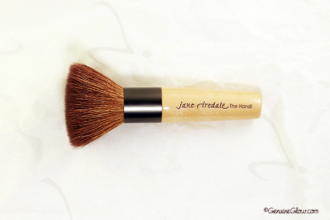 Jane Iredale Handi Brush Review