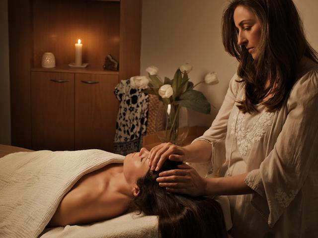 MV Skincare Signature Treatment with Sharon McGlinchey